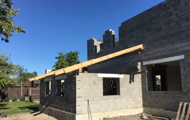 """Mājas projekts """"Kaspars"""", būvniecības bildes"""
