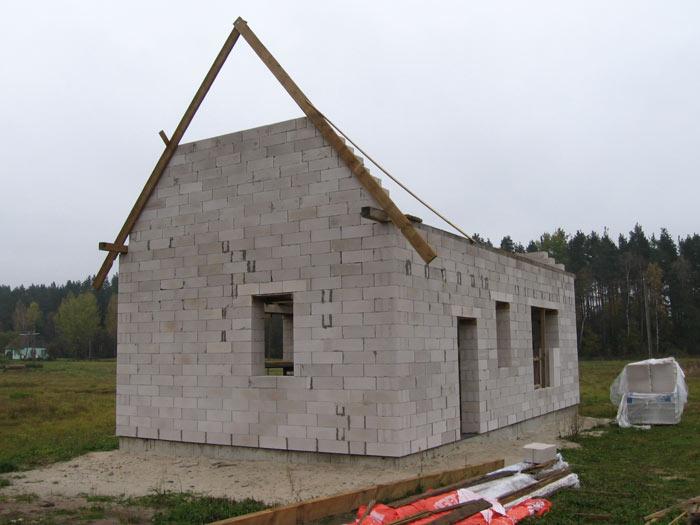 Lētas mājas projekts, būvniecības process