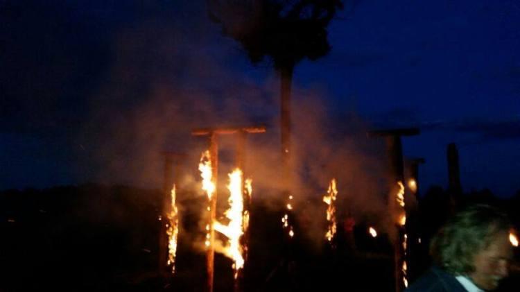 Saulgriežu ugunsskulptūras Jaunpiebalgā