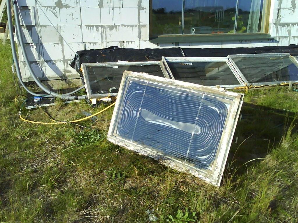 Paštaisīts saules siltūdens kolektors