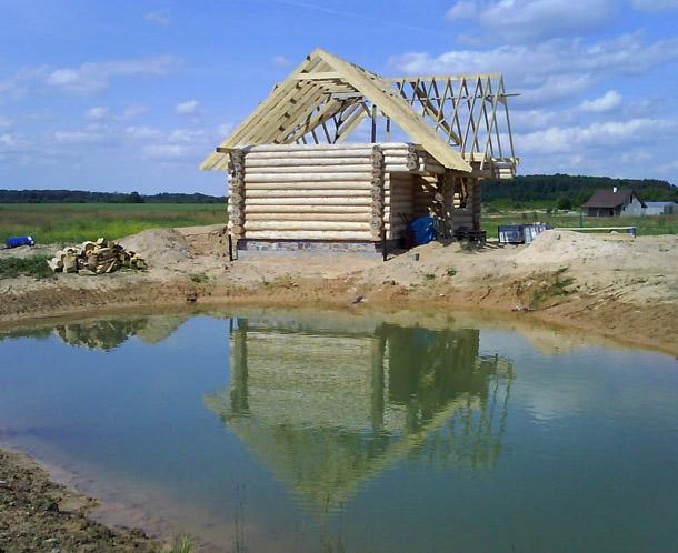 Guļbaļķu pirts projekts, ēka būvniecības procesā