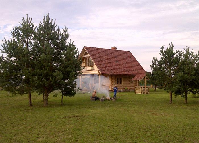 Guļbaļķu pirts projekts, uzbūvētās ēkas attēli, fasādes