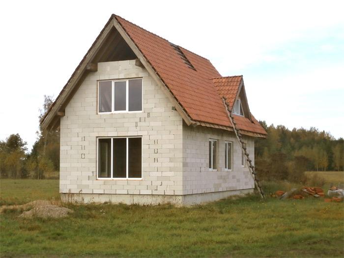"""Mājas tipveida projekts """"Ansis"""", bildes no būvēšanas procesa"""