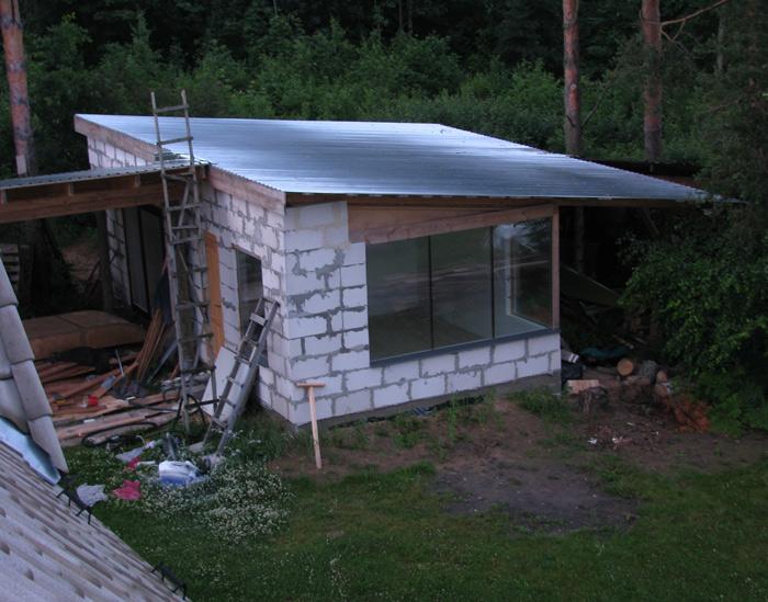 Vienkāršas darbnīcas projekts - būvniecības procesa bildes, jumts
