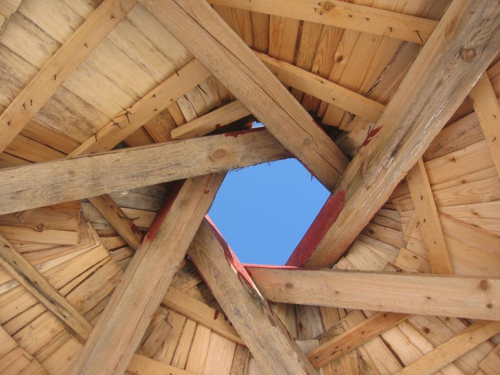 Lapenes jumta konstrukcija