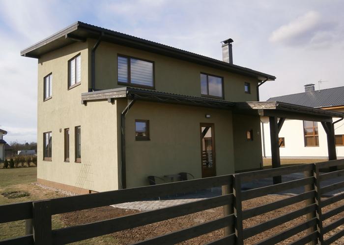 """Dzīvojamās mājas projekts """"Līga"""", uzbūvētā māja, fasāžu bildes"""