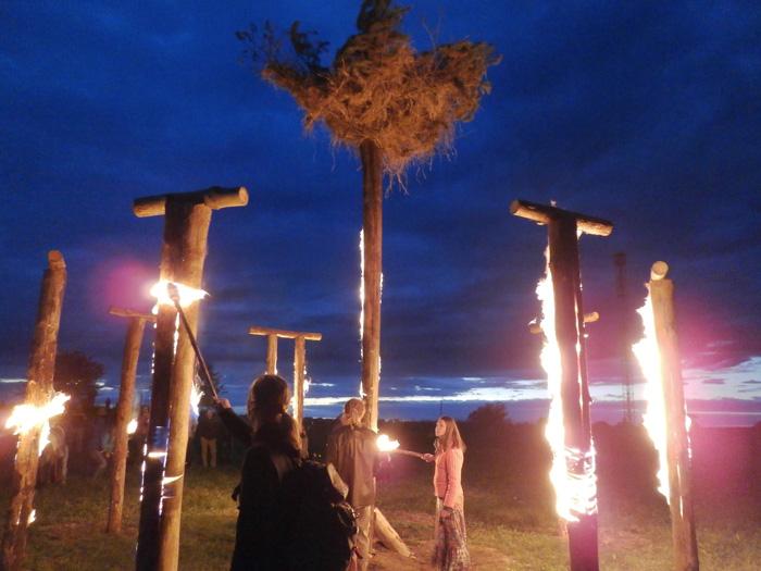 Saulgriežu svinēšana Jaunpiebalgā, ugunsskulptūra
