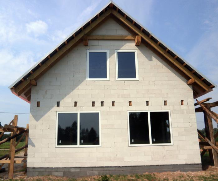 """Mājas projekts """"Aldis"""", uzbūvētās mājas bildes"""