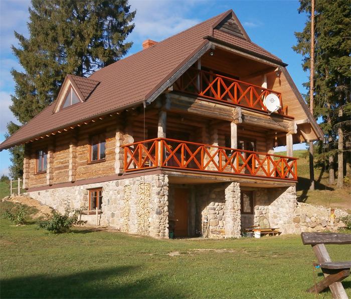 Guļbūves māja ar pirti, realizēts projekts