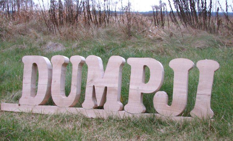 Gala_Dumpji, mājas zīmes izgatavošana