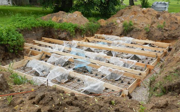 Pagraba projekts - būvniecības process, stiegrojums plātņveida pamatiem