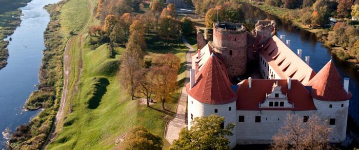 BauskasPils - http://www.tourism.bauska.lv/