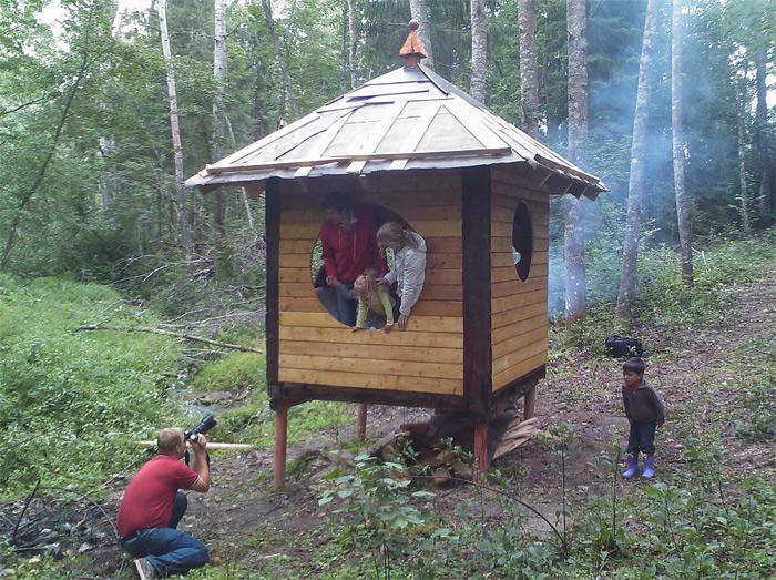 Atpūtas paviljona projekts dabas parkā, paviljona apmeklētāji