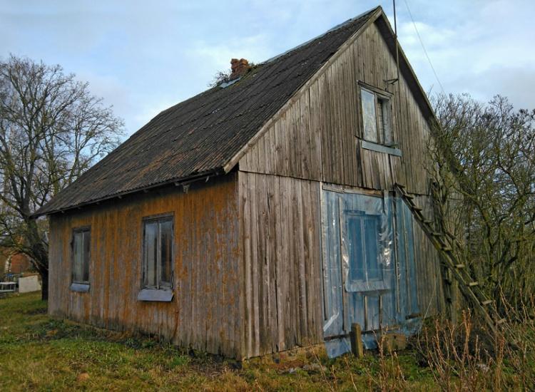 Rekonstruēt - atjaunot, vai būvēt jaunu māju?