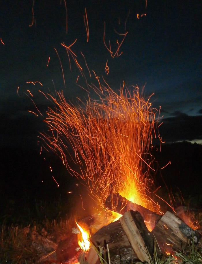 Saulgriežu svinēšana Jaunpiebalgā, ugunskurs