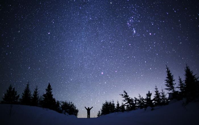 http://cdn2.hubspot.net/hub/330850/file-2483502230-jpg/Blog_Photos/winter_stargazing/night_sky.jpg
