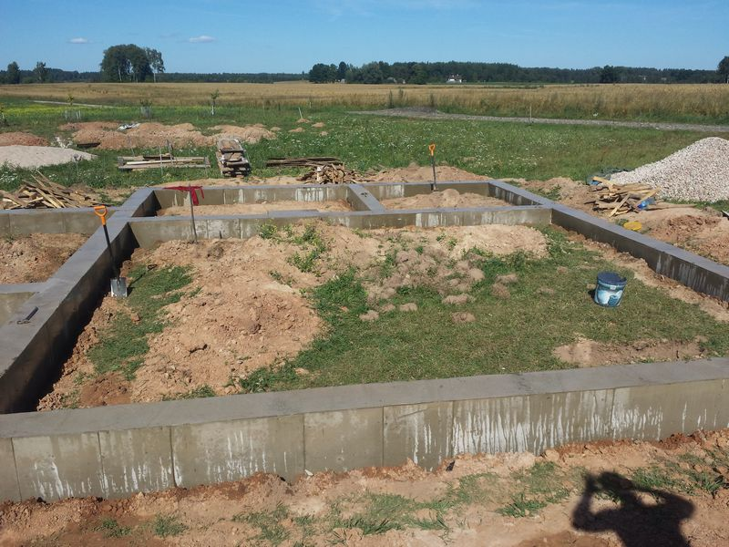 Pamatu būvēšana izmantojot zemes veidni - pamati gatavi!