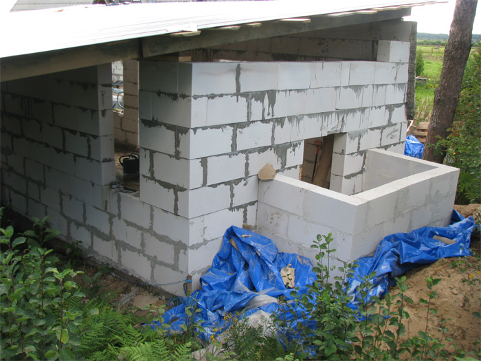 Ekonomisks pagrabs izbūvējams pie saimniecības ēkas, būvniecības procesā