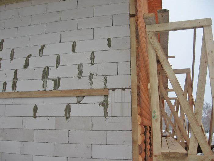 Viesu nama projekts, būvniecības procesa skati