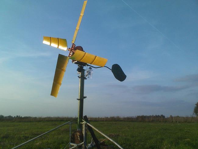 paštaisīts vēja ģenerators