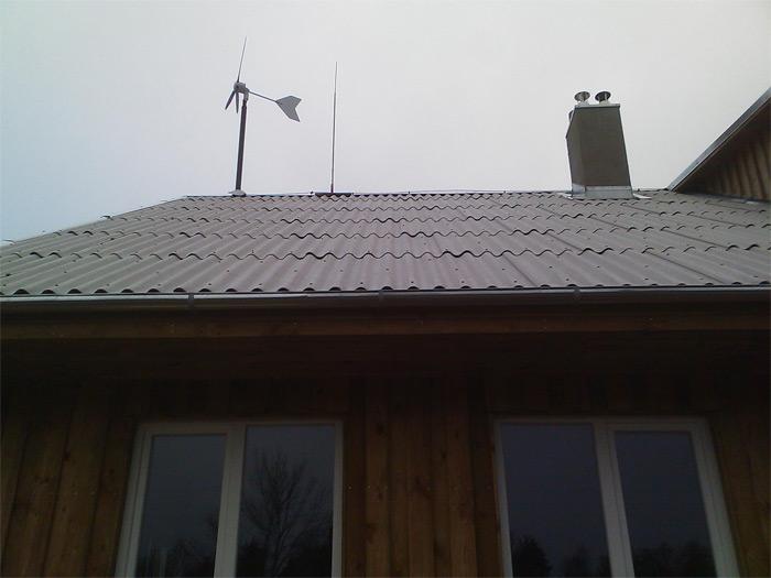 Saimniecības ēkas projekts, ēkas fasādes ar vēja ģeneratoru