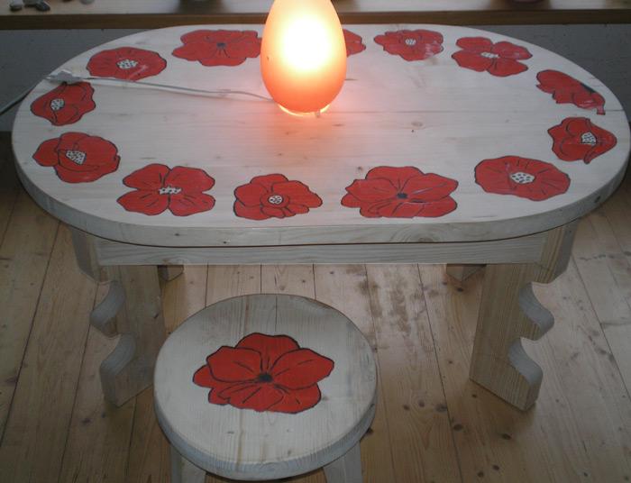 """Pašdarinātas koka mēbeles """"Magone"""", galds un krēsls, autors Kārlis Liepa"""